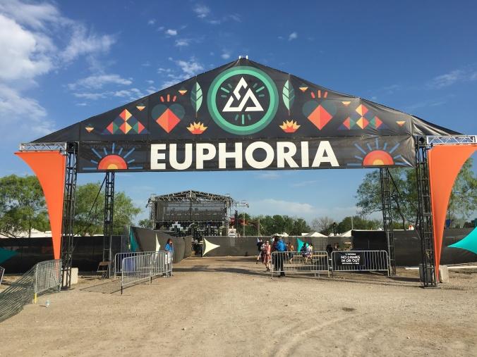 EuphoriaE_ntrance